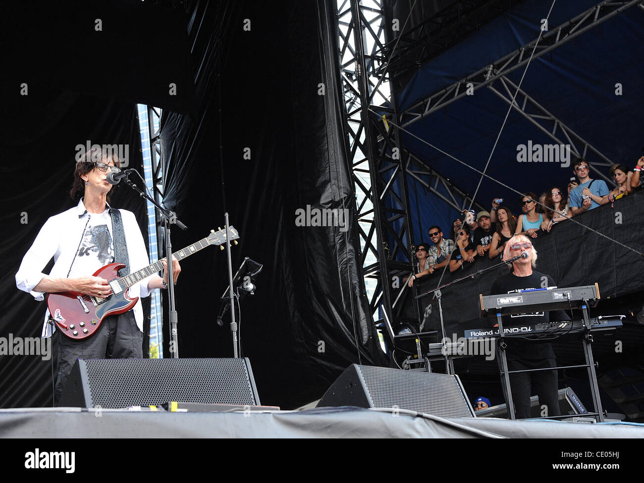 Aug 7, 2011 - Chicago, Illinois; USA - Musician RICK OCASEK and Keybordist GREG HAWKES of The Cars performs live - Stock Image