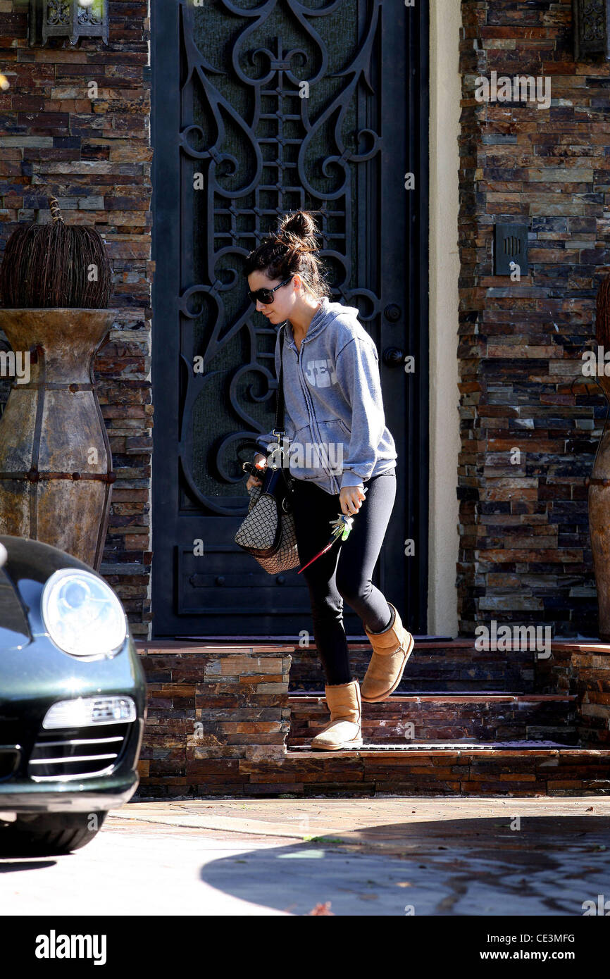 Brown Photos Alamy Stock Boots Images Ugg amp; r4qrT