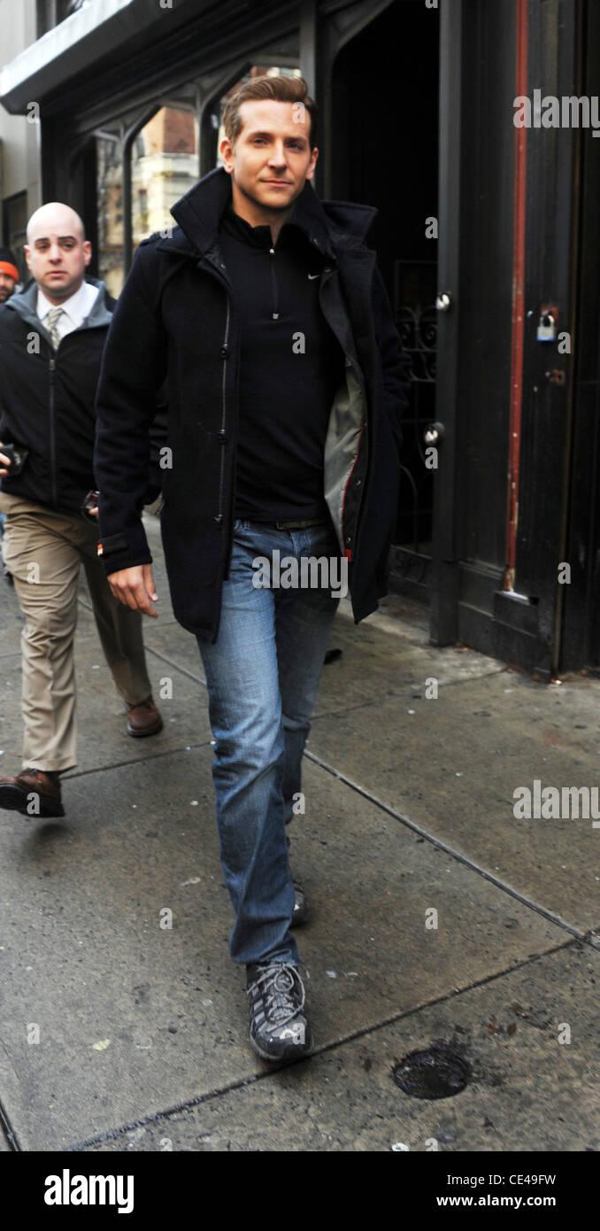 506eba377 Bradley Cooper on the film set of 'Limitless' Philadelphia Stock ...