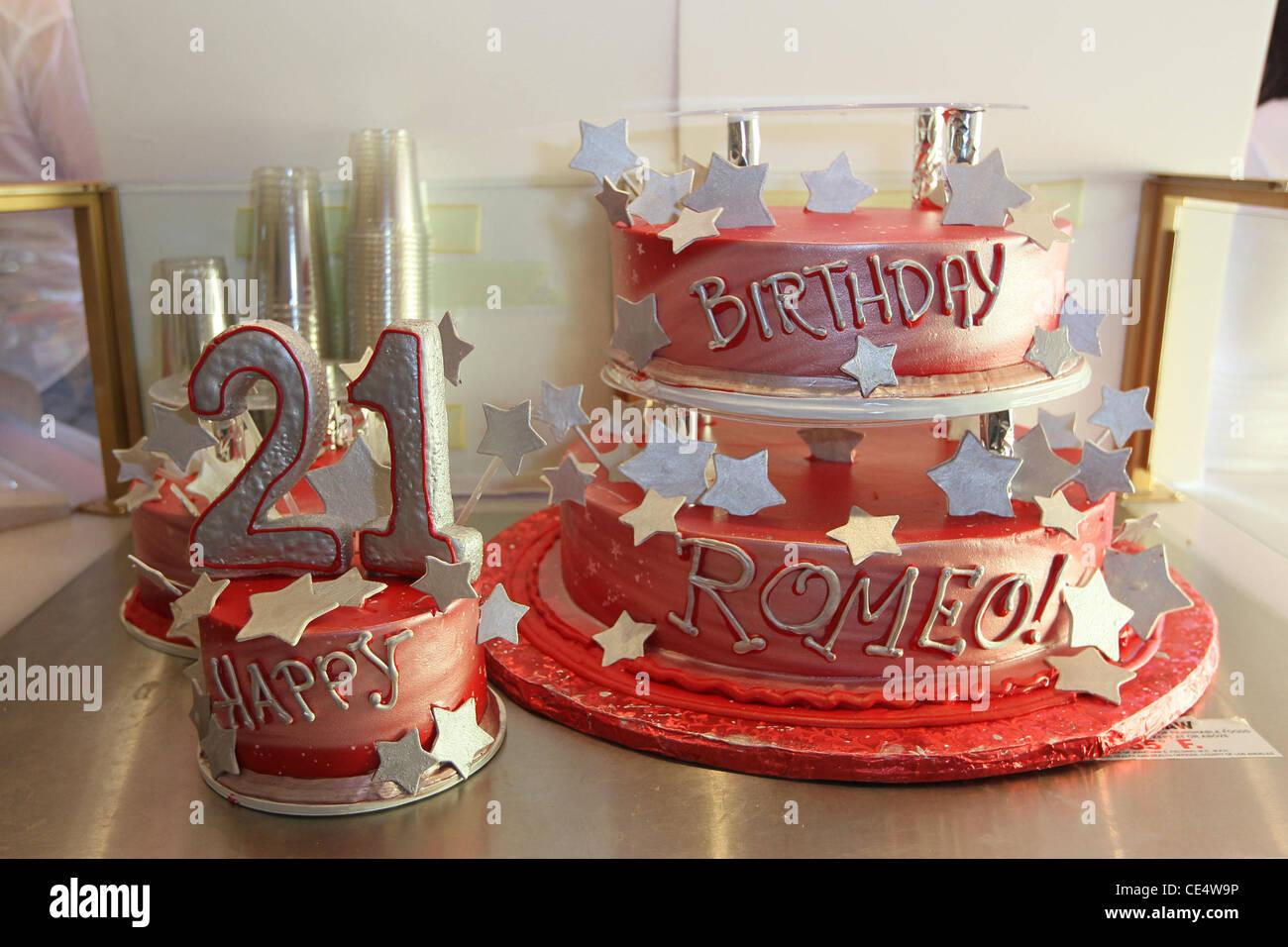 Jr Cake Romeo Celebrates His 21st Birthday By Creating A Custom Shake At Millions Of Milkshakes In West Hollywood Los Angeles California