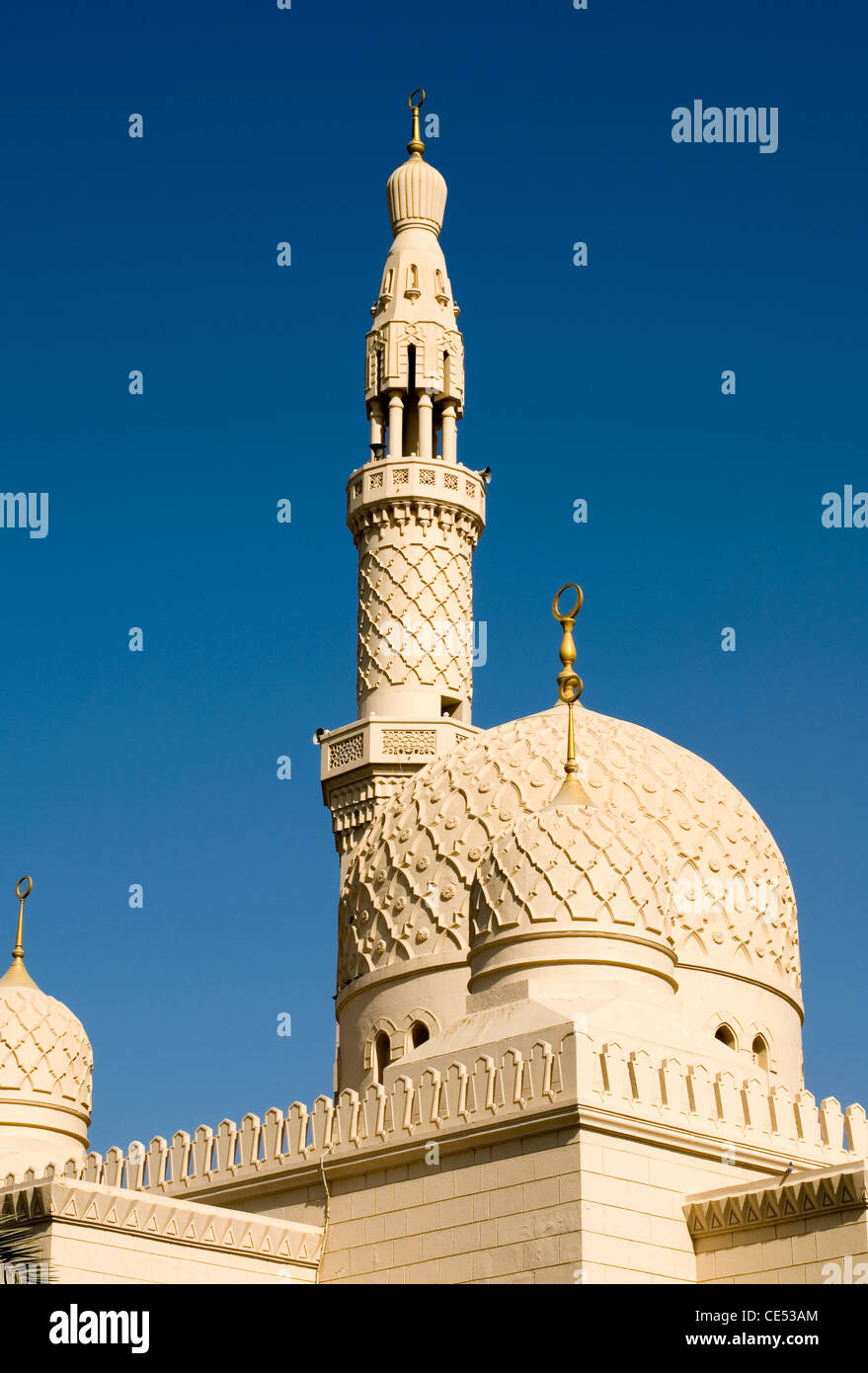 The domes and minarets of the Jumeirah Mosque, Dubai, United Arab Emirates - Stock Image