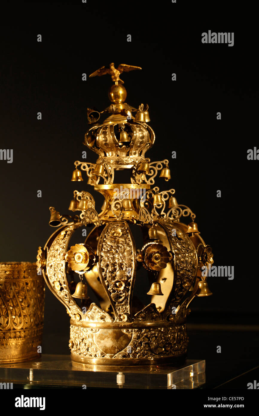 A richly decorated Torah Crown for the Jewish Torah scrolls in the Synagogue of Yad Vashem Jerusalem Israel Stock Photo