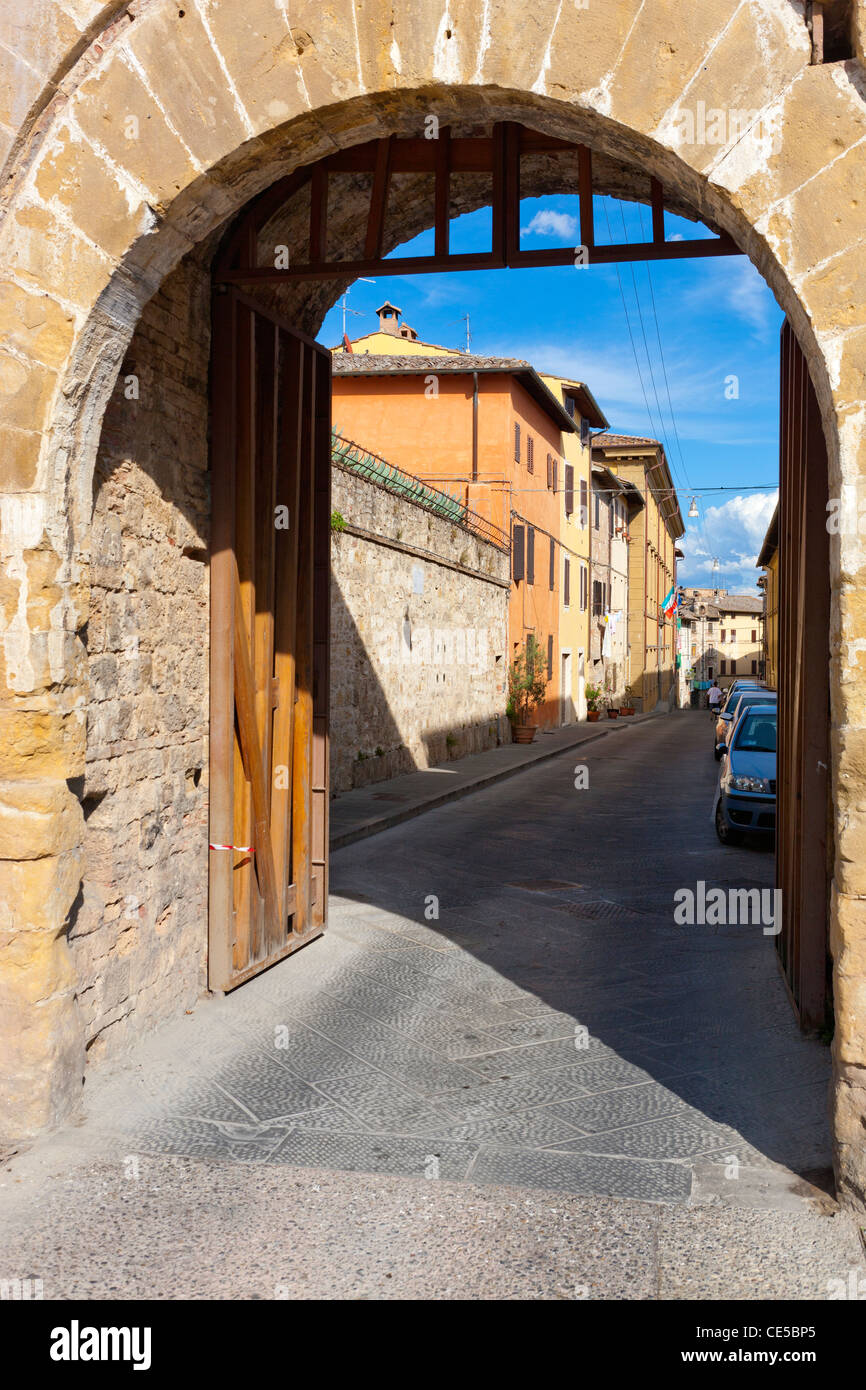Wall and entrance gate to Colle di Val d'Elsa or Colle Val d'Elsa, Tuscany, Province of Siena, Italy, Europe Stock Photo