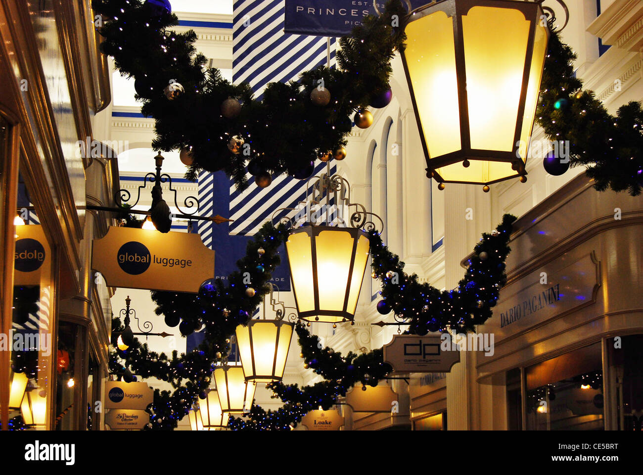 Art Deco lanterns and Christmas decorations in the very upmarket ...