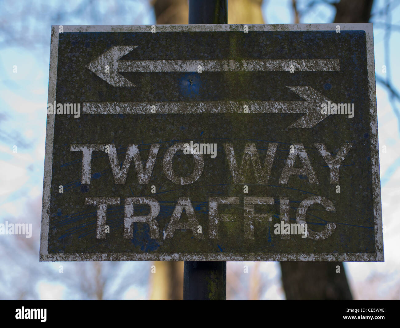 Two Way Traffic sign, decrepit Stock Photo