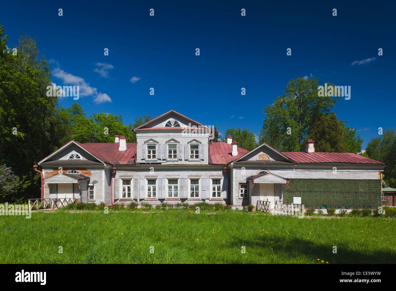 Russia, Moscow Oblast, Abramtsevo, Abramtsevo Estate Museum-Preserve, former estate of railway tycoon Savva Mamontov. - Stock Image