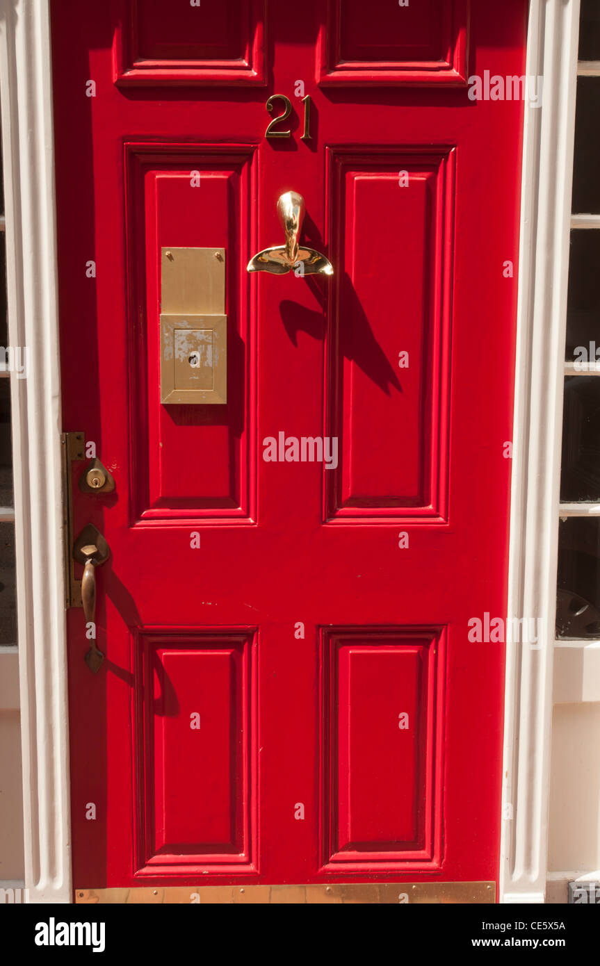 Red doors with fishtail shape door handle 21 Beacon Hill BostonMA USA Massachusetts United States USA North America MA & Red doors with fishtail shape door handle 21 Beacon Hill Stock ...