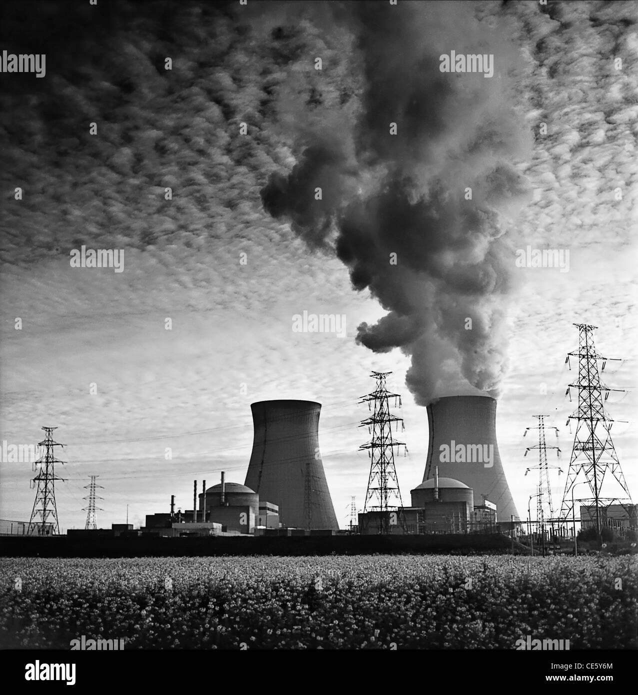 Nuclear Power Plant Cooling Towers Monochroom Atomic