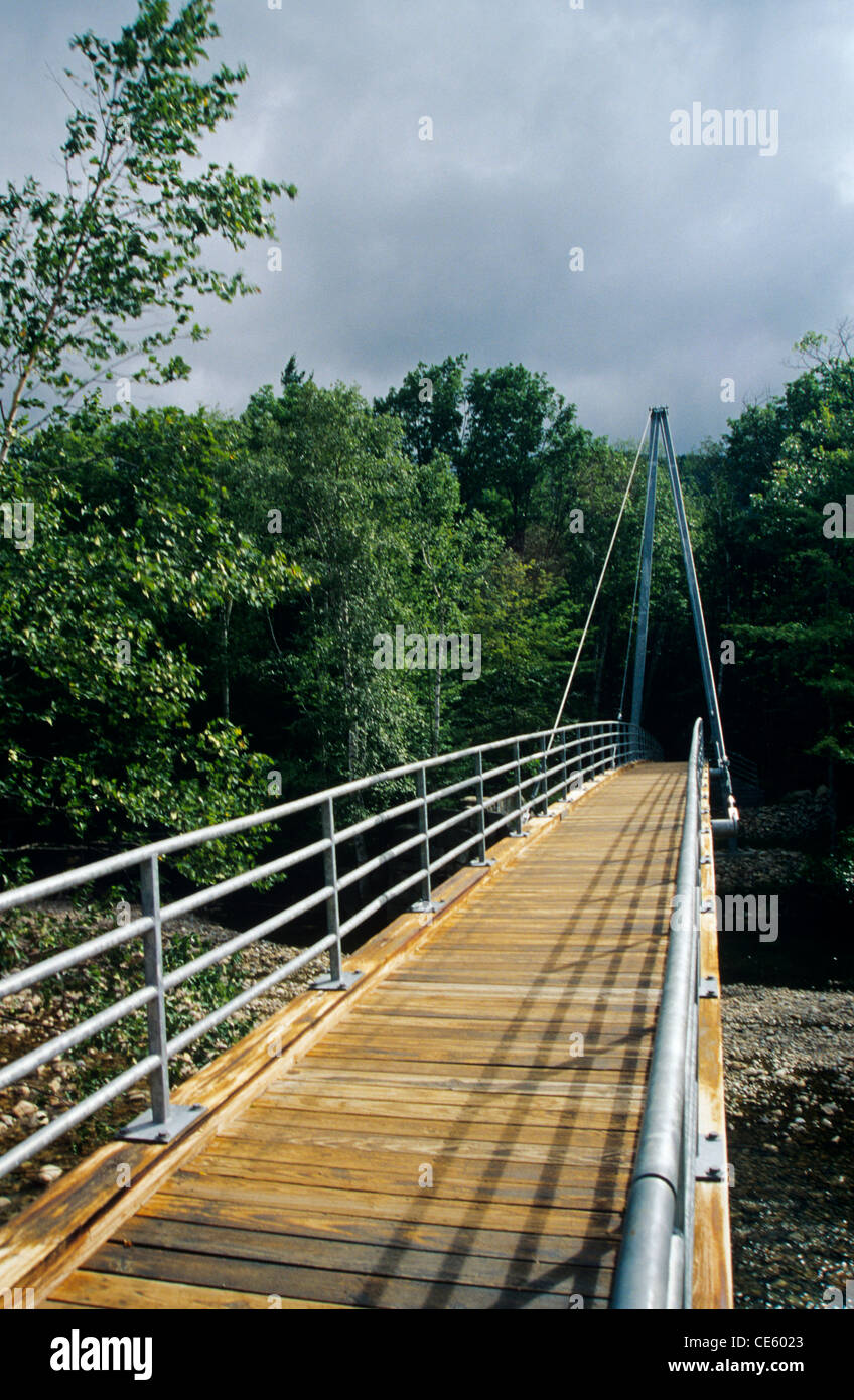Crawford Notch State Park - Bemis Bridge, which the Saco River along Davis Path in the White Mountain National Forest Stock Photo