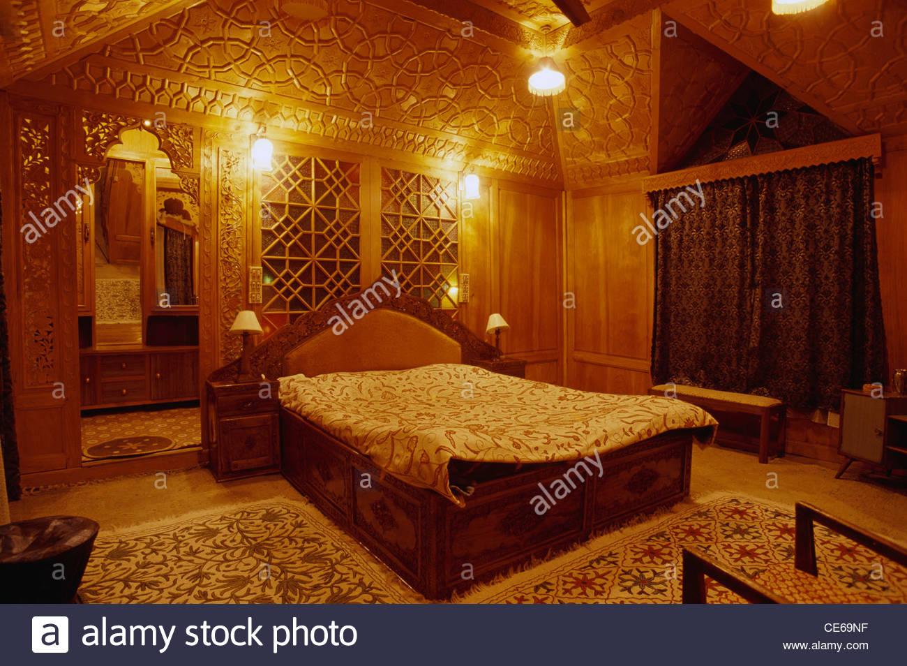 Bedroom Inside House Boat Dal Lake Srinagar Jammu