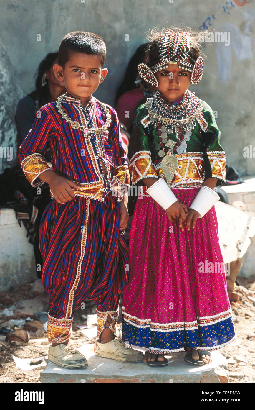 child marriage of young small Indian boy and girl in traditional ...