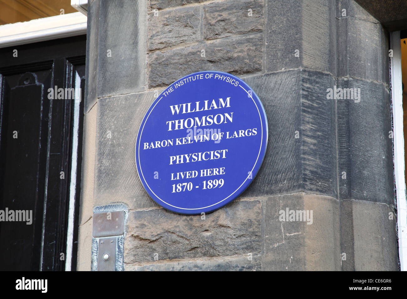 An Institute of Physics Blue Plaque commemorating Lord Kelvin, William Thomson, at the University of Glasgow Scotland - Stock Image