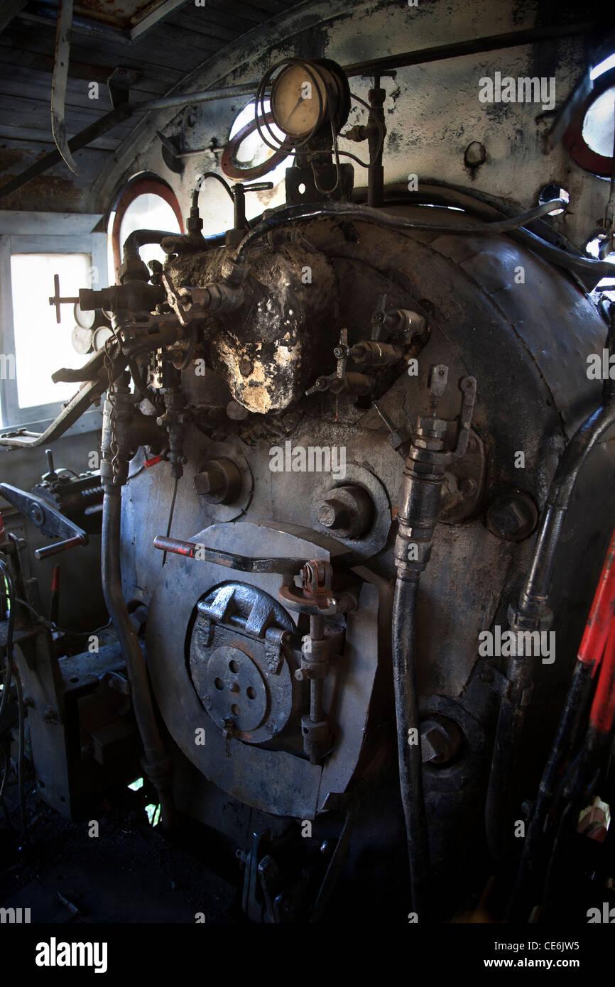 Inside Engine Stock Photos & Inside Engine Stock Images - Alamy