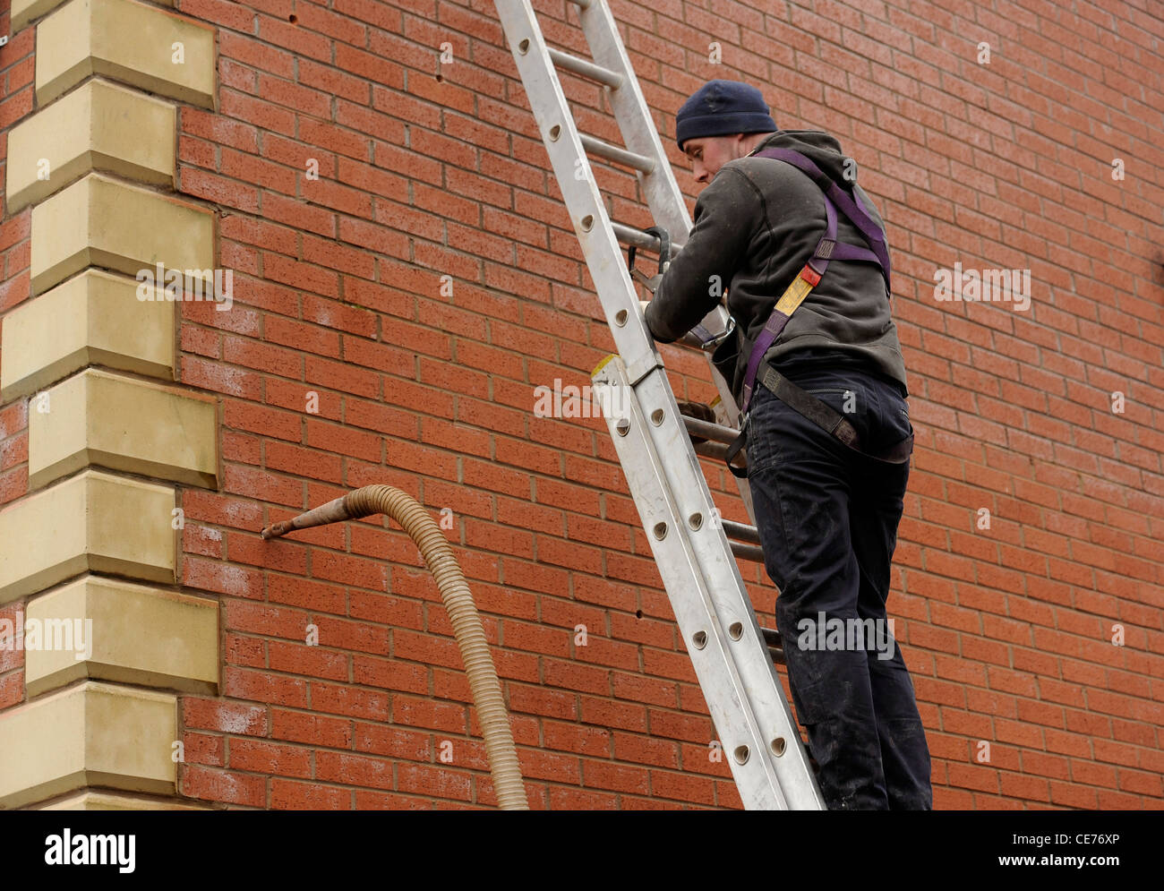 Cavity Wall Insulation Materials : Cavity wall stock photos images alamy