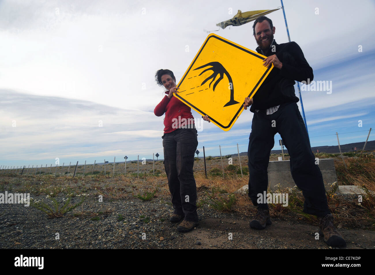 Road sign cautioning motorists about windy conditions, along Ruta Nacional 40 in Patagonia, Argentina. No MR or - Stock Image