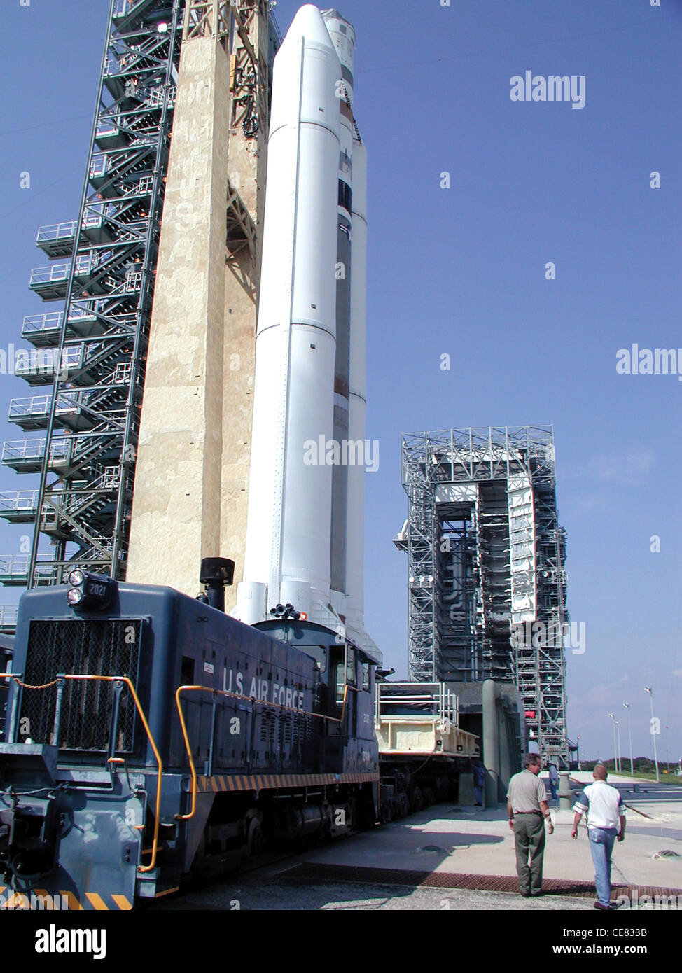 A Titan IVB rolls out from the Solid Motor Assembly and Readiness Facility to Space Launch Complex 40 in preparation Stock Photo