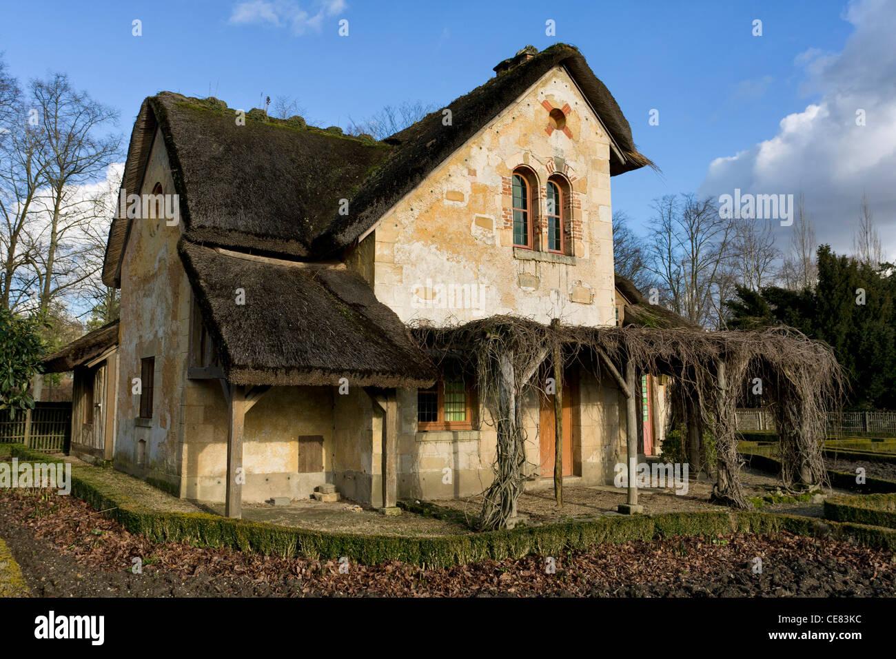 La maison du garde guard house hameau de la reine stock for Maison du monde 83 la garde