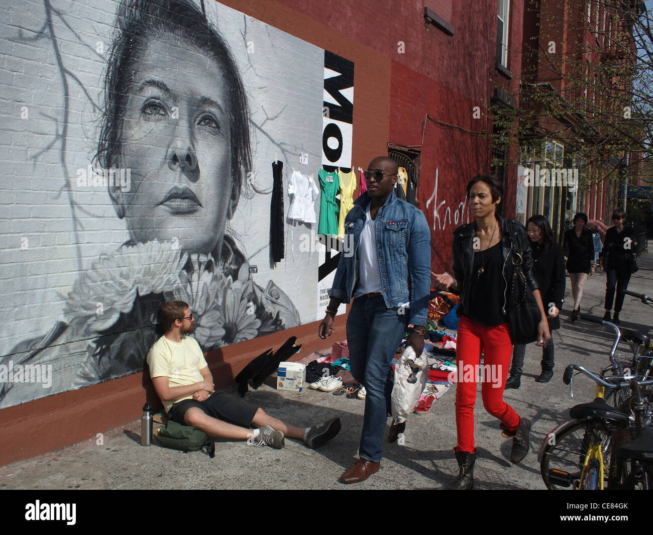 Street Vendors And Passers By Next To Mural Of Body Artist Marina Stock Photo 43205139 Alamy