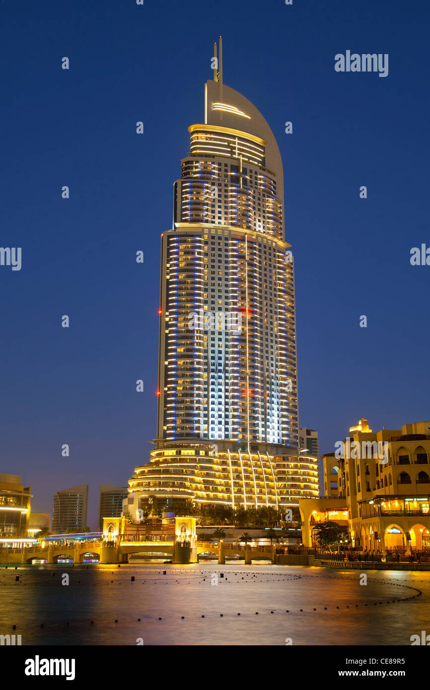 Dubai, The Address Hotel at Old Town Development on the lagoon - Stock Image