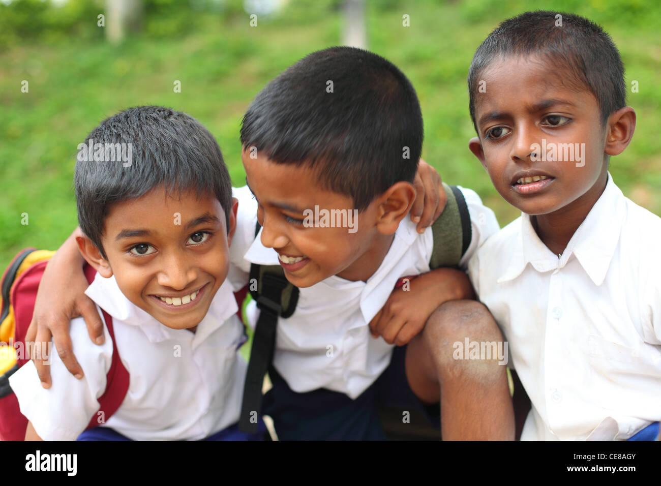 Sri Lankan School Girl Changing Clothes - New Porn-7355