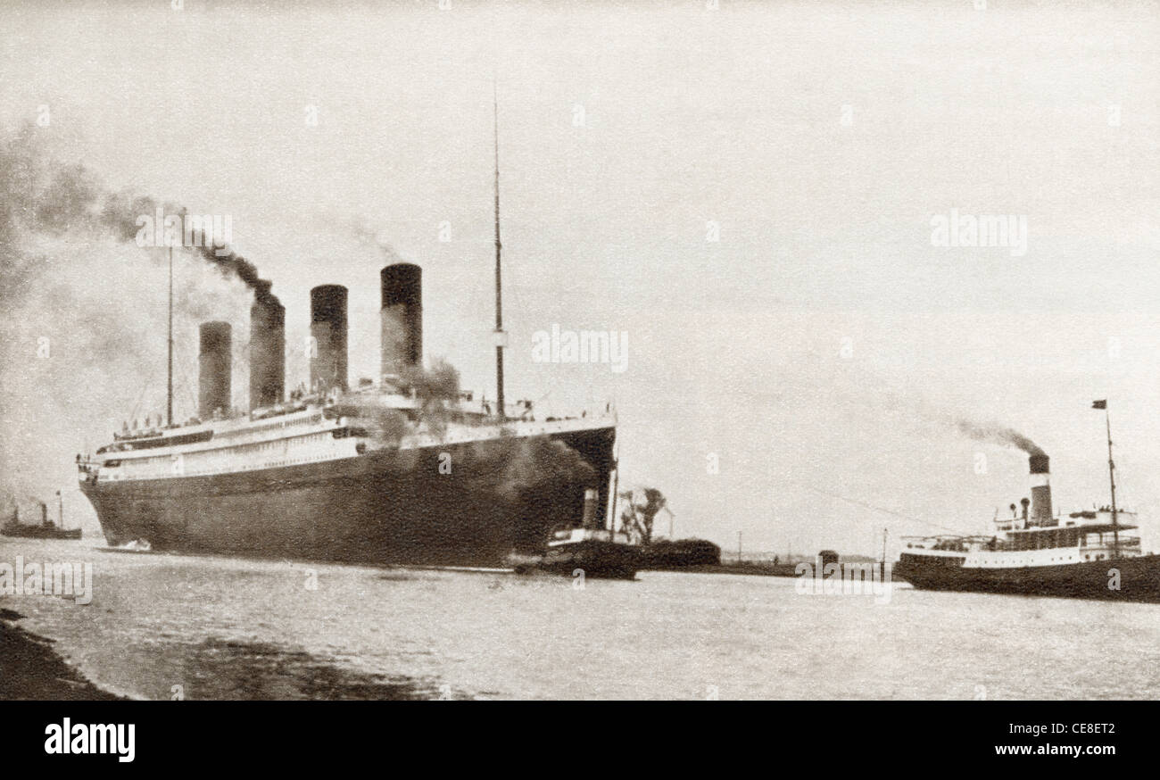 The RMS Titanic of the White Star Line. From The Story of 25 Eventful Years in Pictures, published 1935. - Stock Image