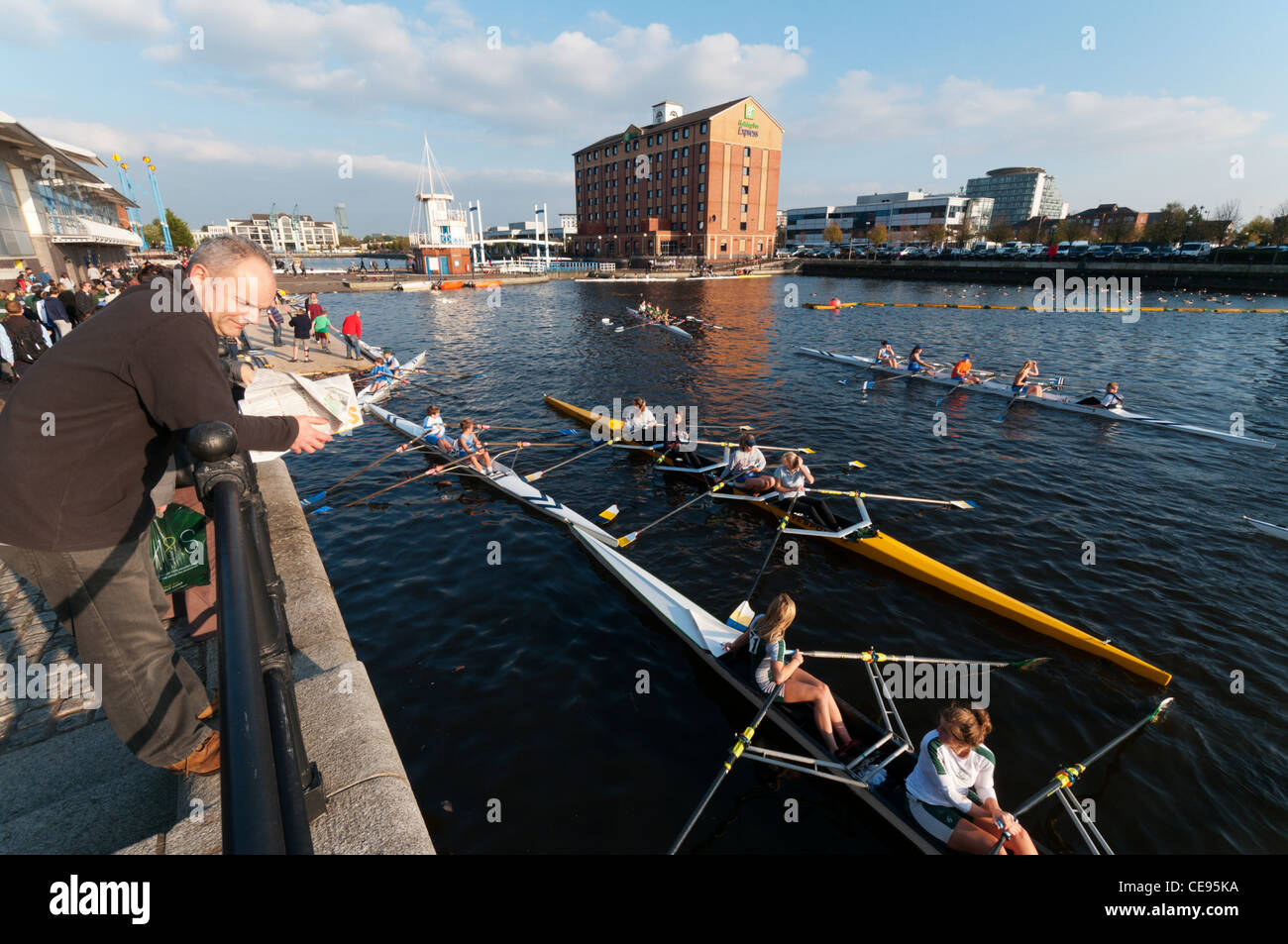 The Salford Watersports Centre and Holiday Inn Express at Ontario Basin, Salford Quays, Greater Manchester - Stock Image