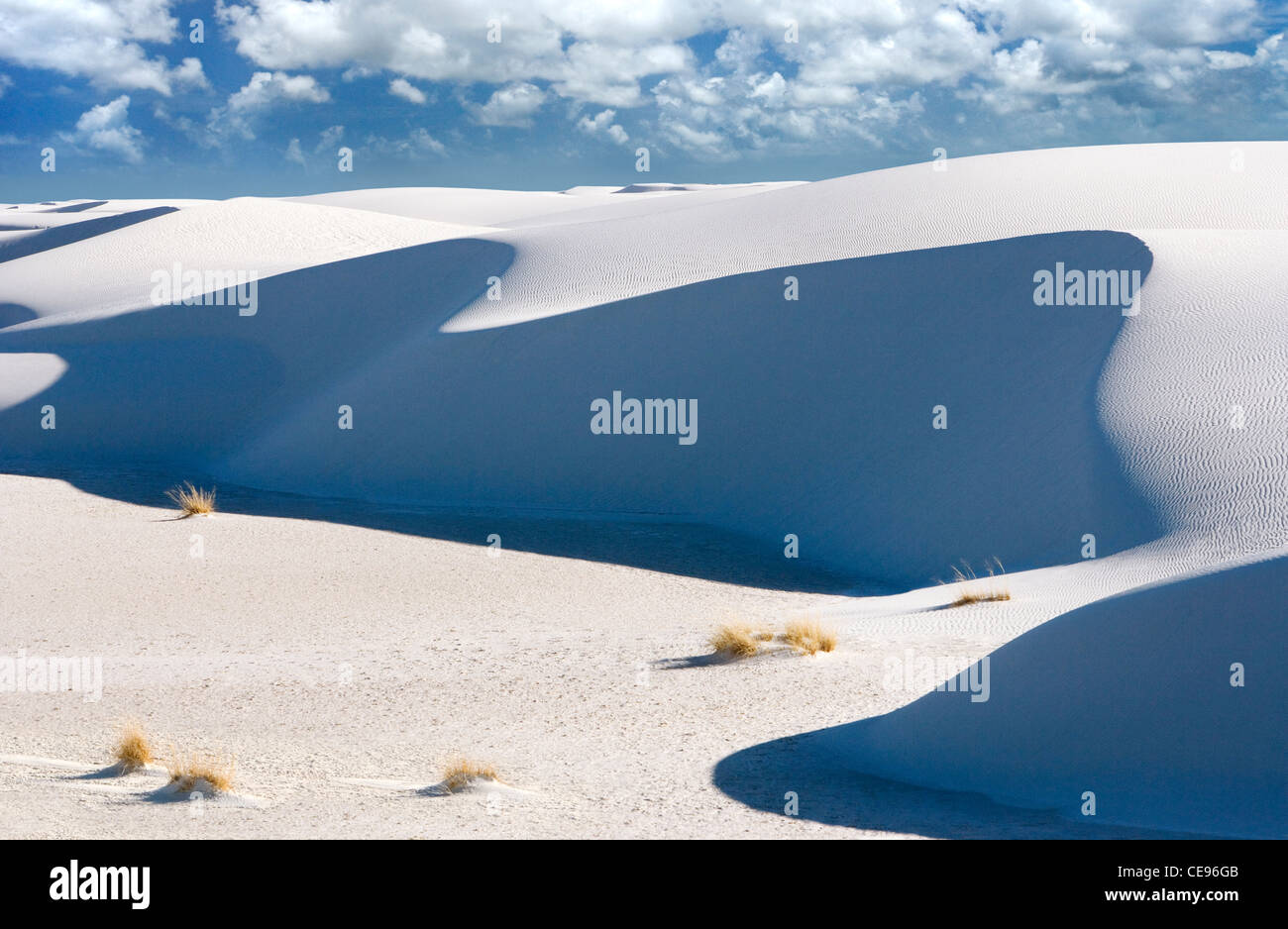 A large white sand dune at White Sands National Monument, New Mexico. - Stock Image