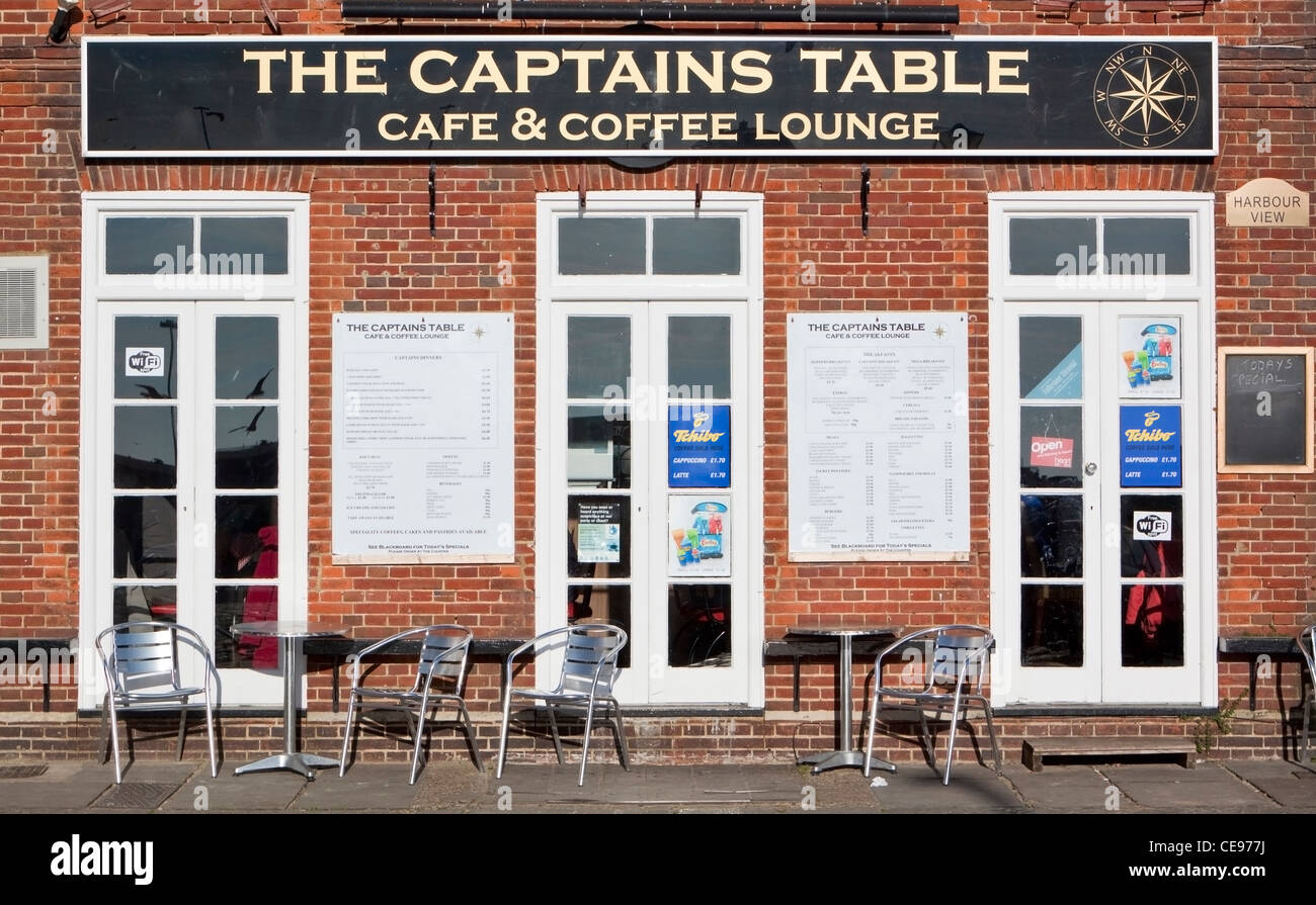 The Captains Table Cafe Coffee Lounge - Stock Image