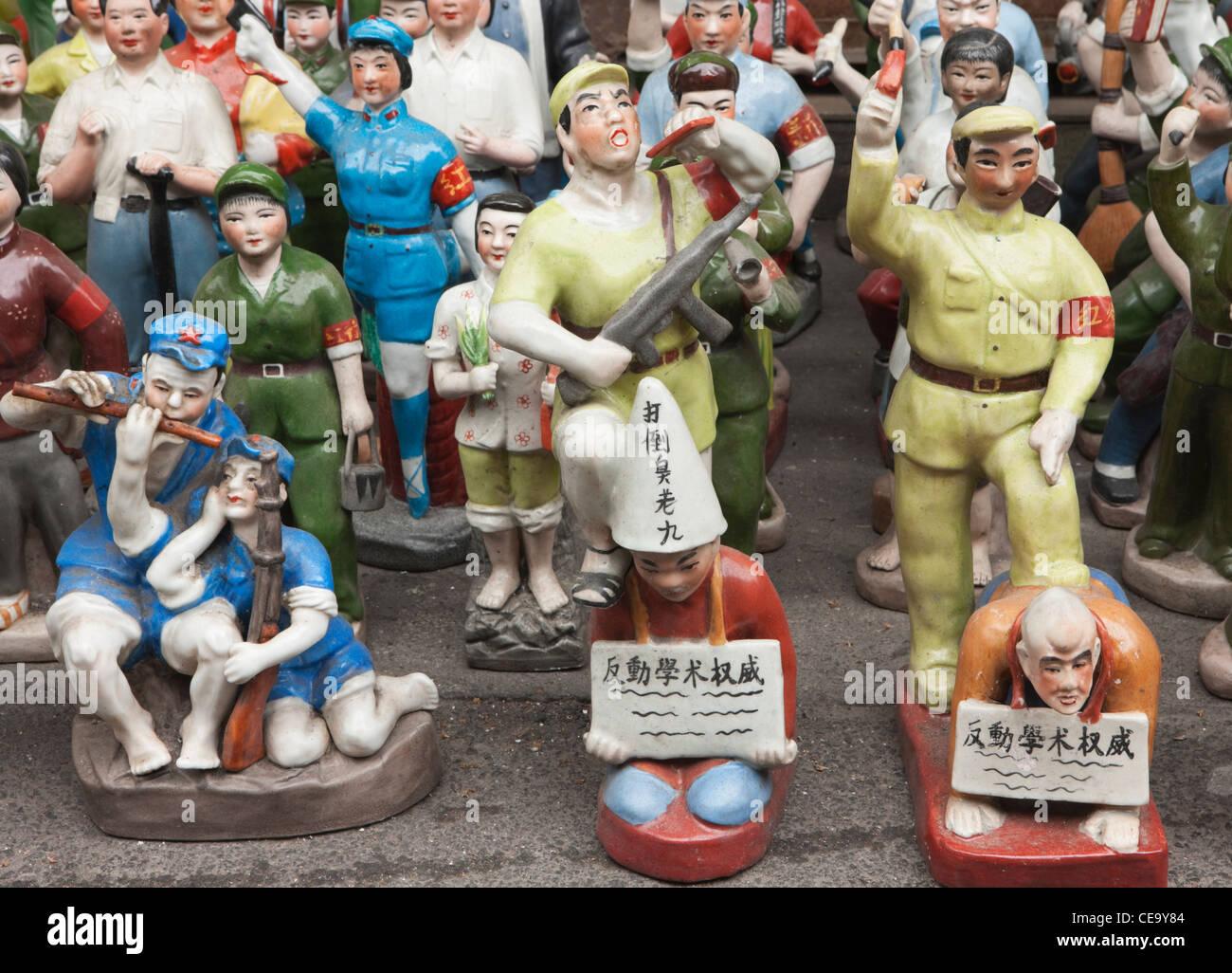 Antique Ceramic Revolutionary Figures; Dongtai Road Antiques Market; Laoximen; Shanghai - Stock Image