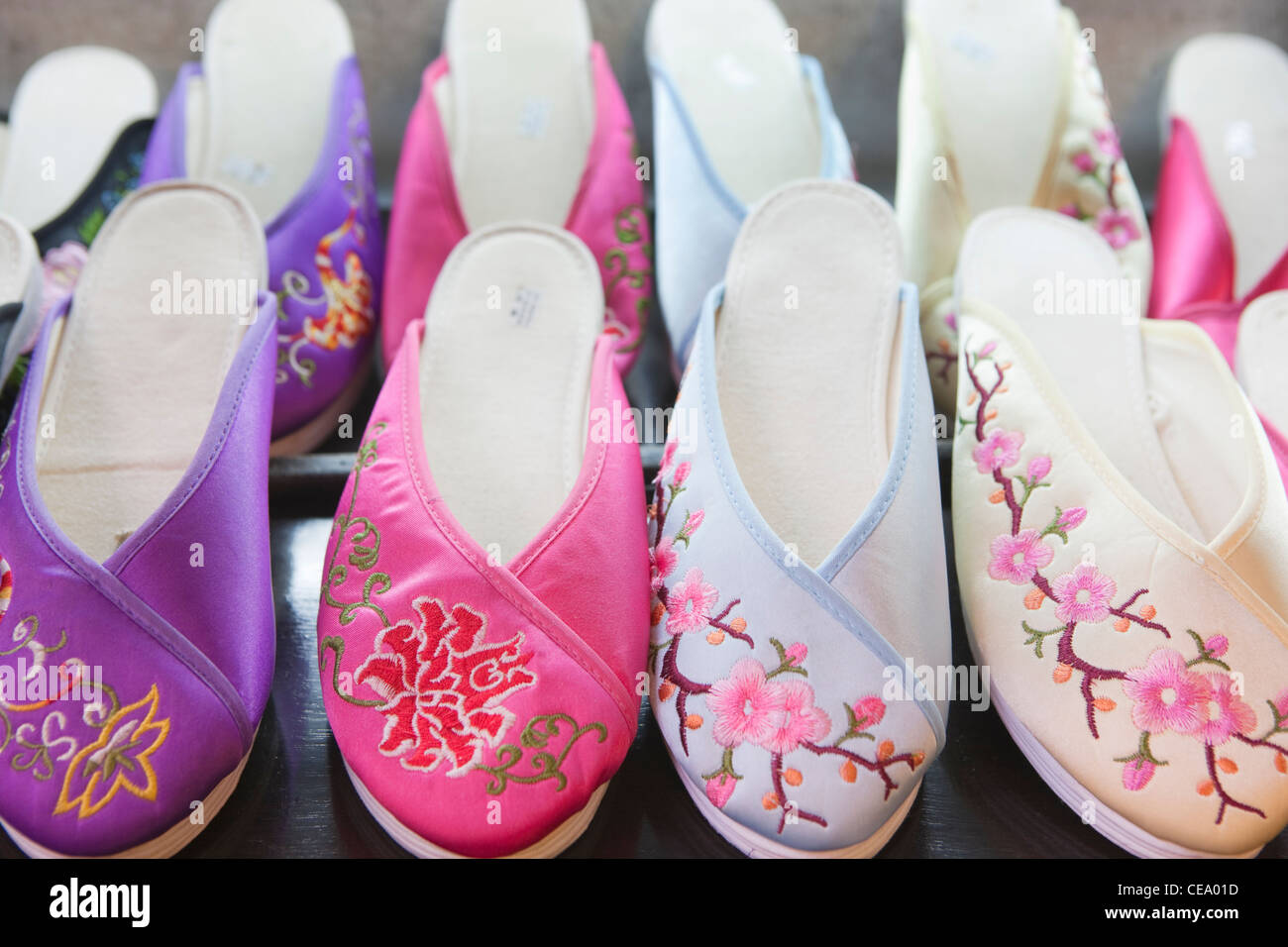 Chinese slippers for sale; Yuyuan Bazaar; Shanghai; China - Stock Image