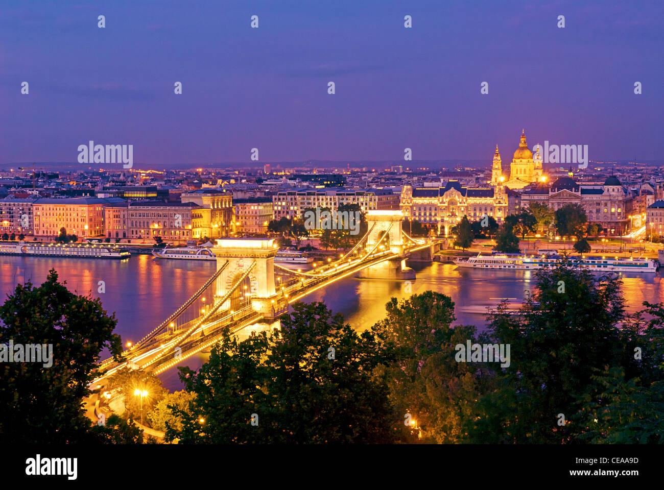 Budapest Danube River Chain Bridge Hungary Dusk - Stock Image
