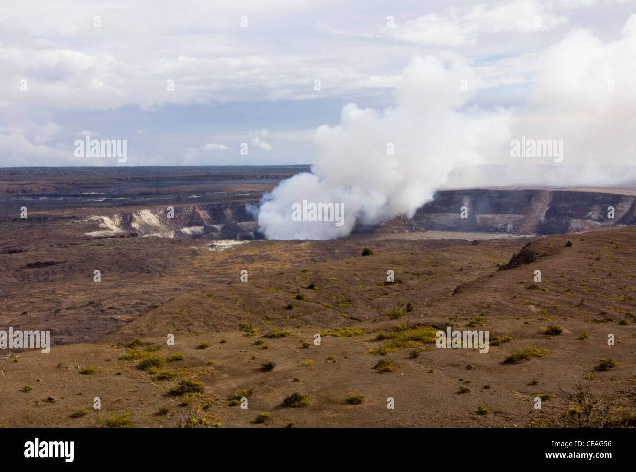 Volcanic gases billow from Halema'uma'u Crater in the giant Kilauea Caldera, Hawaii Volcanoes National Park, - Stock Image