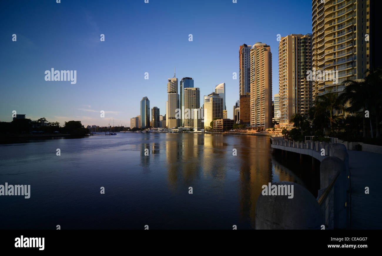Brisbane cityscape and river - Stock Image