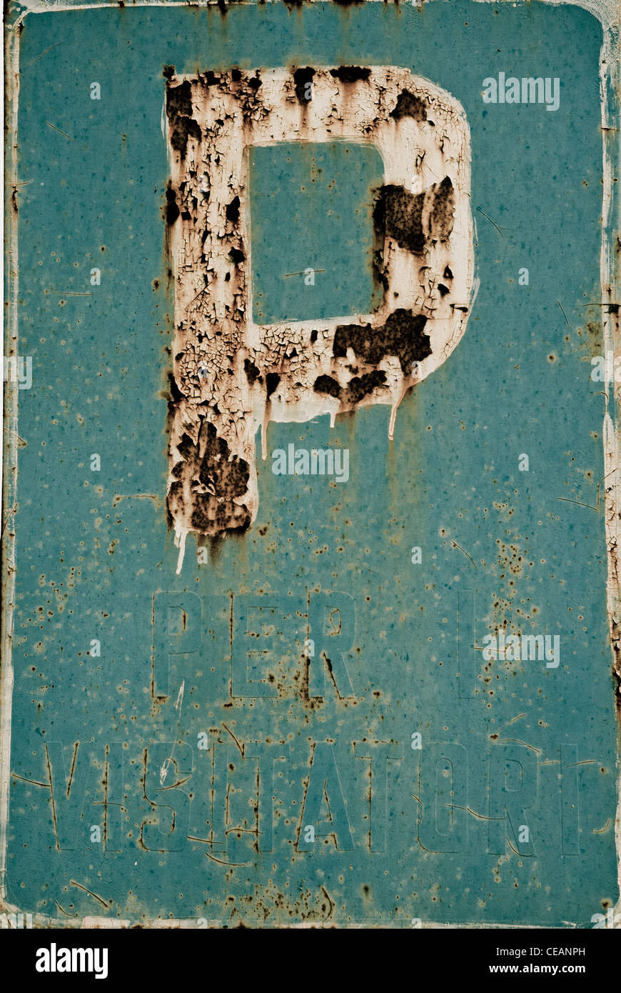 Rusty parking sign, Italy - Stock Image