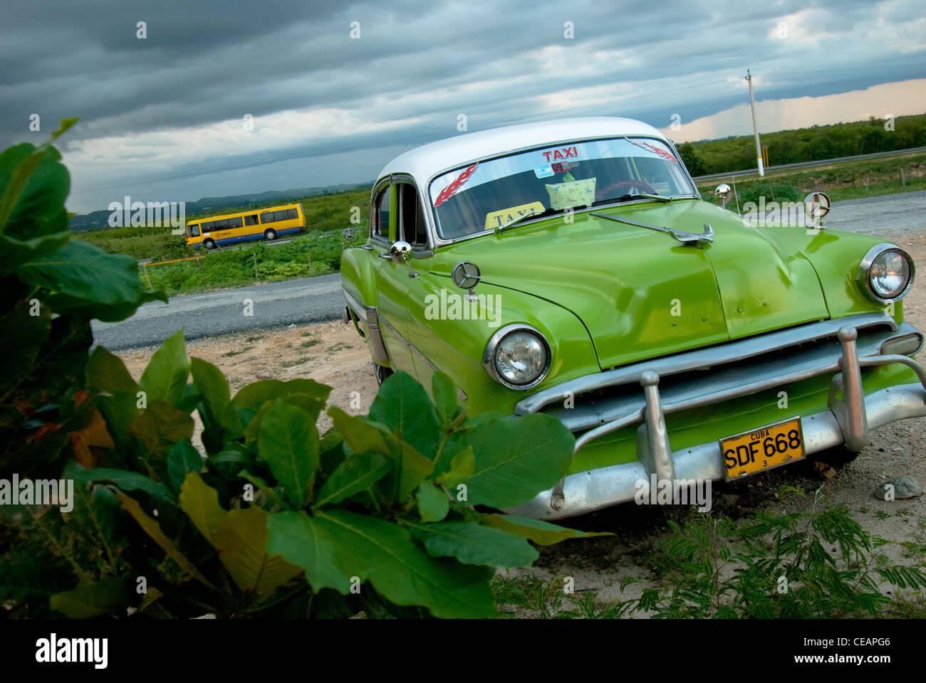 Cuba Beach Car Stock Photos & Cuba Beach Car Stock Images - Alamy