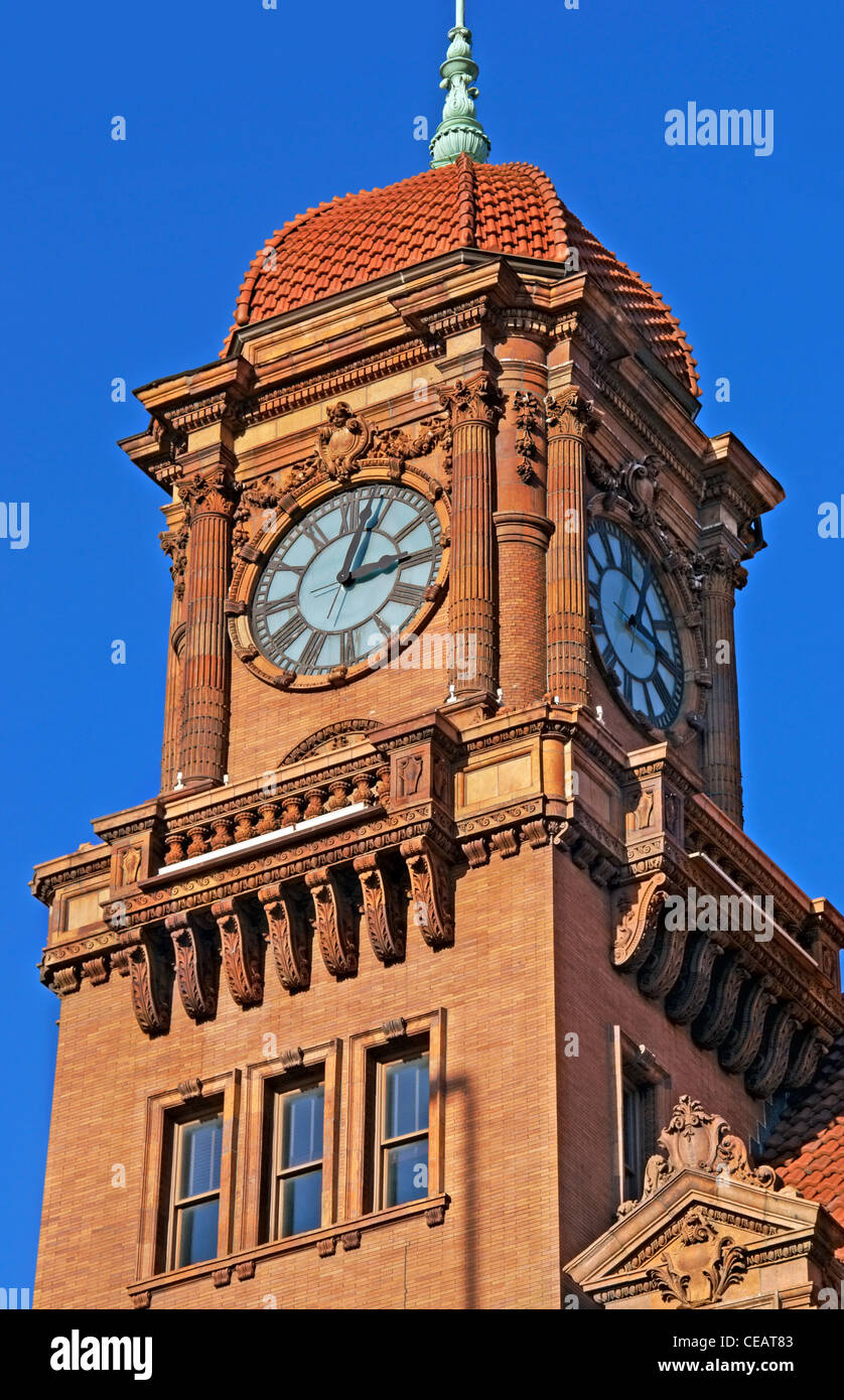 Richmond, Virginia. Main street train station clock tower. - Stock Image