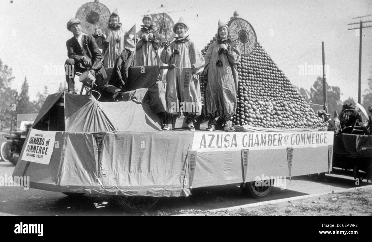 members of azuza chamber of commerce 1910s float parade los angeles california azusa san gabriel valley - Stock Image