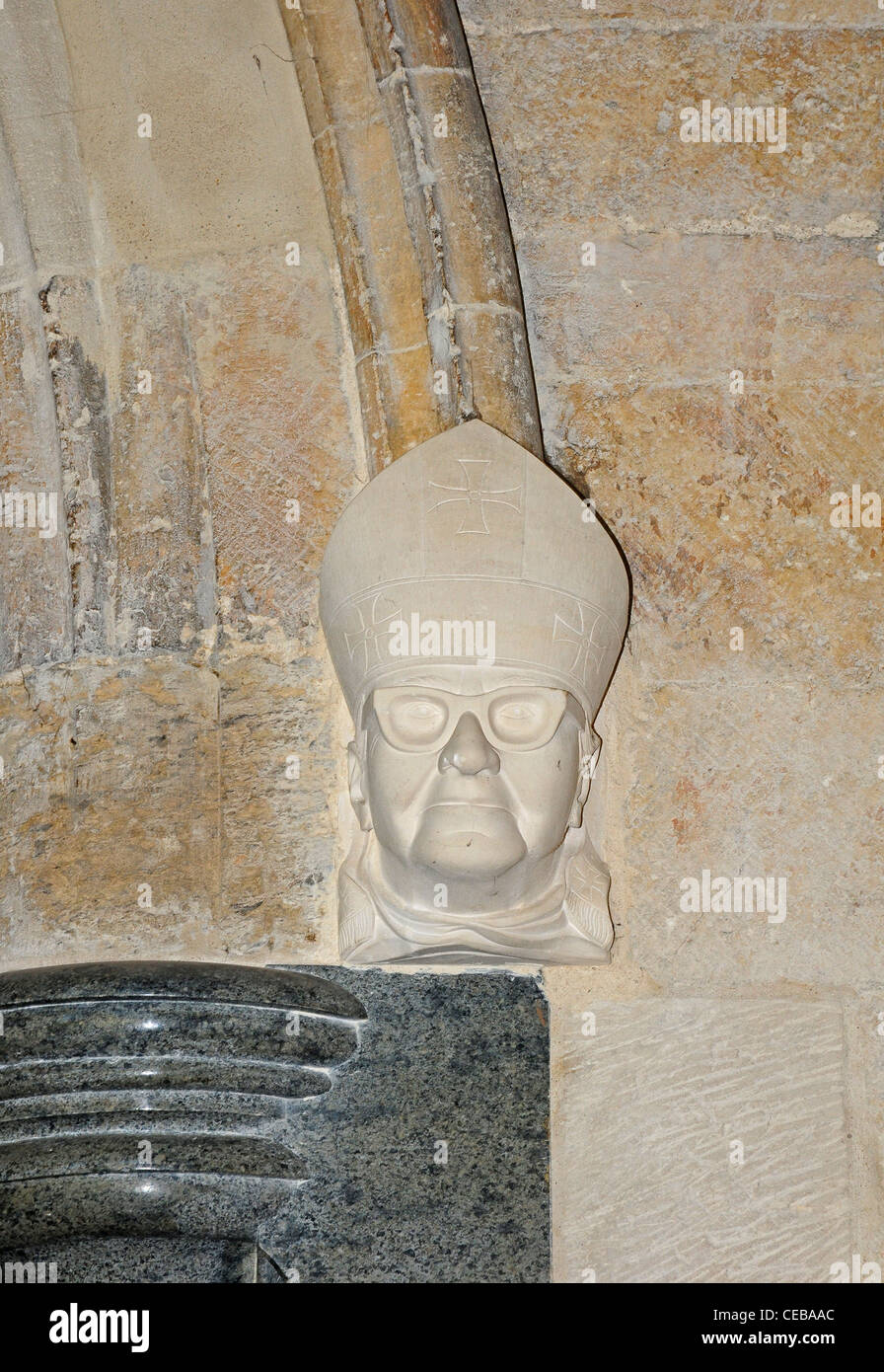 Sculpted Head Of Bishop Eric Kemp Bishop 1974 2001 Chichester Stock Photo Alamy