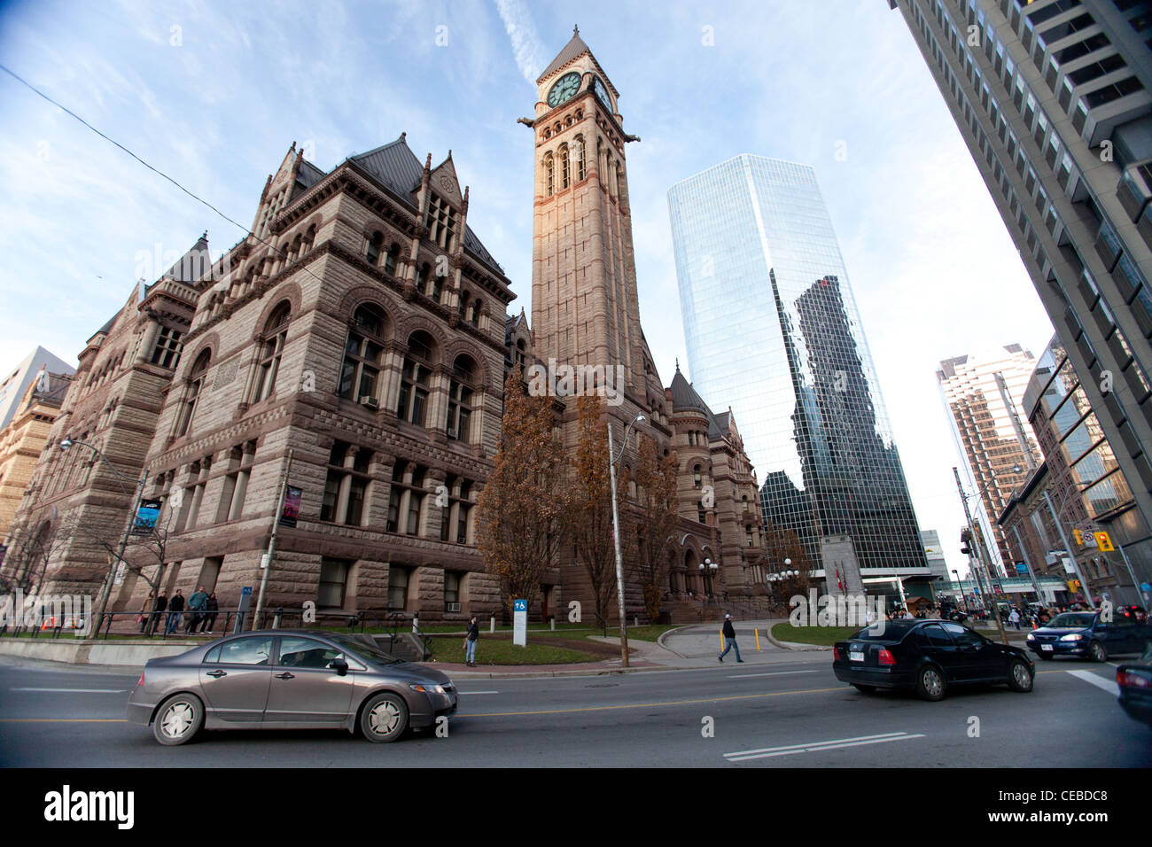 Contrasts between old and new Toronto city halls - Stock Image