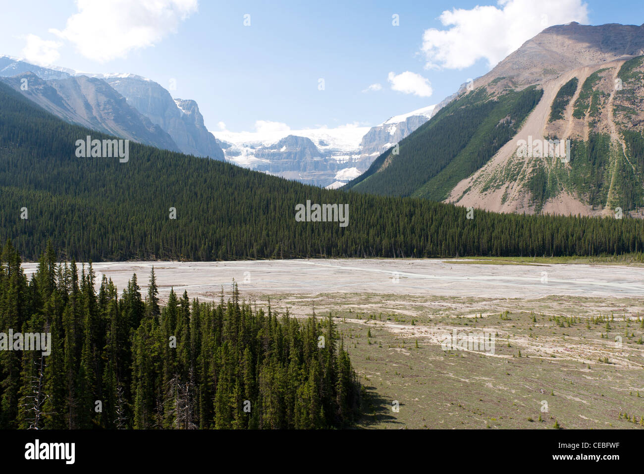 View of the Stutfield Glacier, seen from a viewpoint on Highway 93, the Icefields Parkway, Alberta, Canada - Stock Image