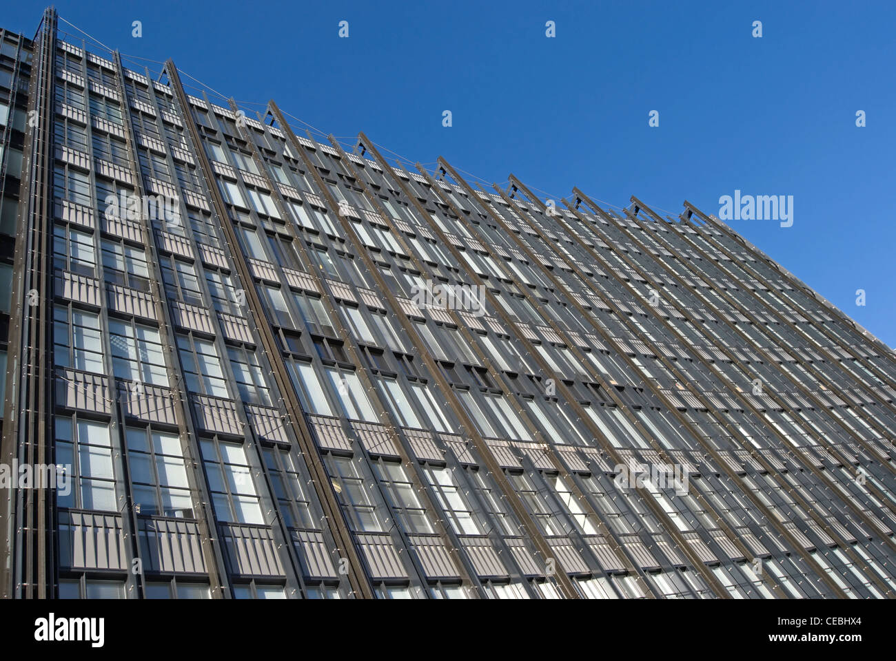 curved frontage of 10 fleet place, london, england, an office building designed by the firm of skidmore, owings - Stock Image