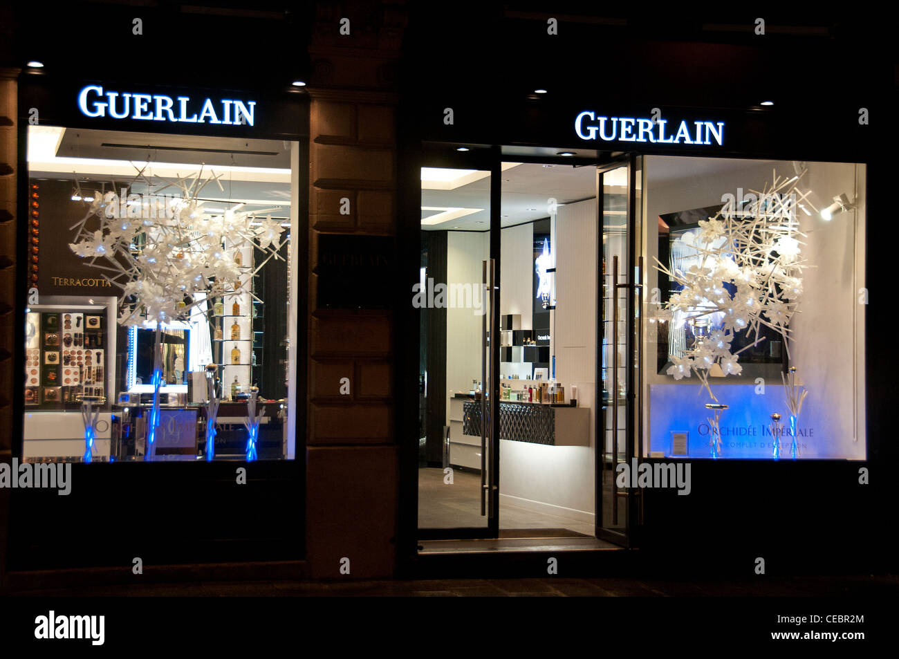Guerlain perfume Paris Rue Faubourg Saint Honoré France - Stock Image
