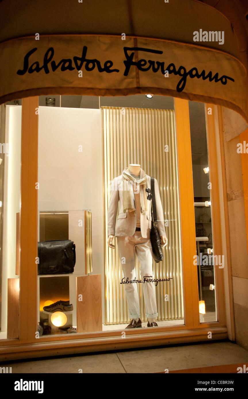 Salvatore Ferragamo Paris Avenue Montaigne high fashion designer couturier France - Stock Image