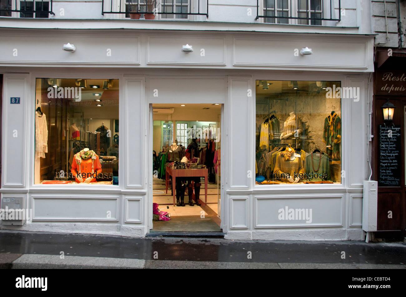 Nina Kendose Rue Mouffetard France Paris Fashion Mode Shop - Stock Image