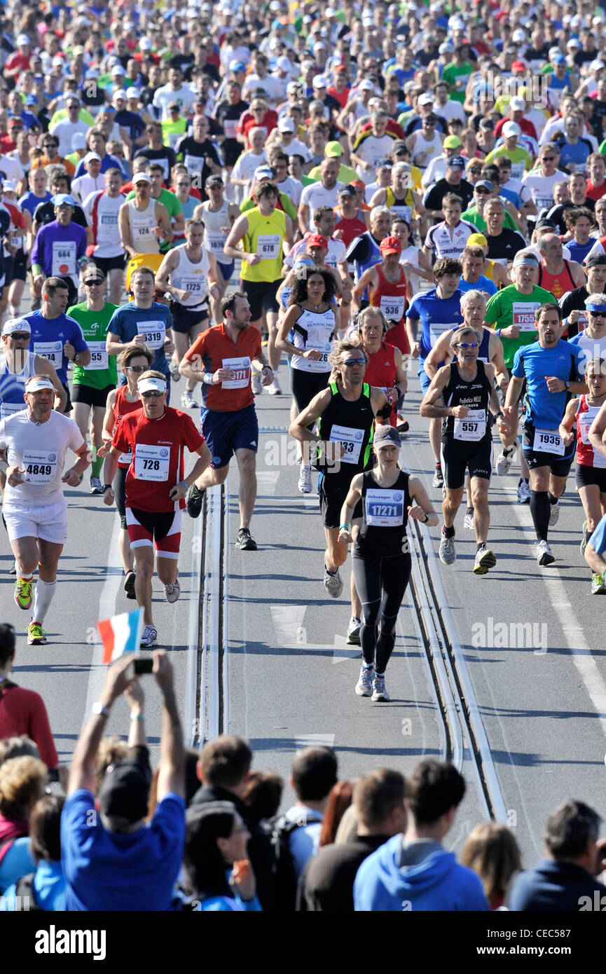 International Runners Stock Photos & International Runners