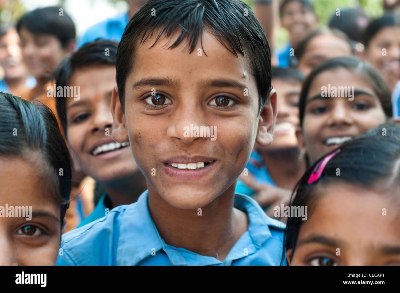 Children in courtyard, Village school near Jaipur, Rajasthan, India - Stock Image