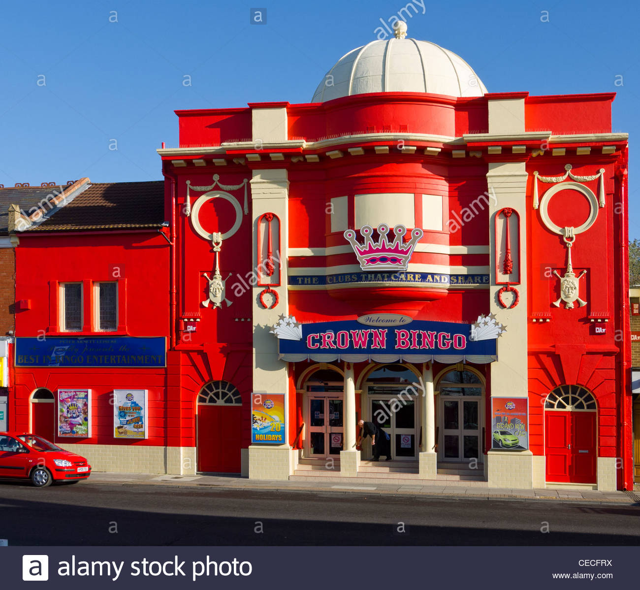Old Cinema Now Bingo Hall North End Portsmouth Hampshire England - Stock Image