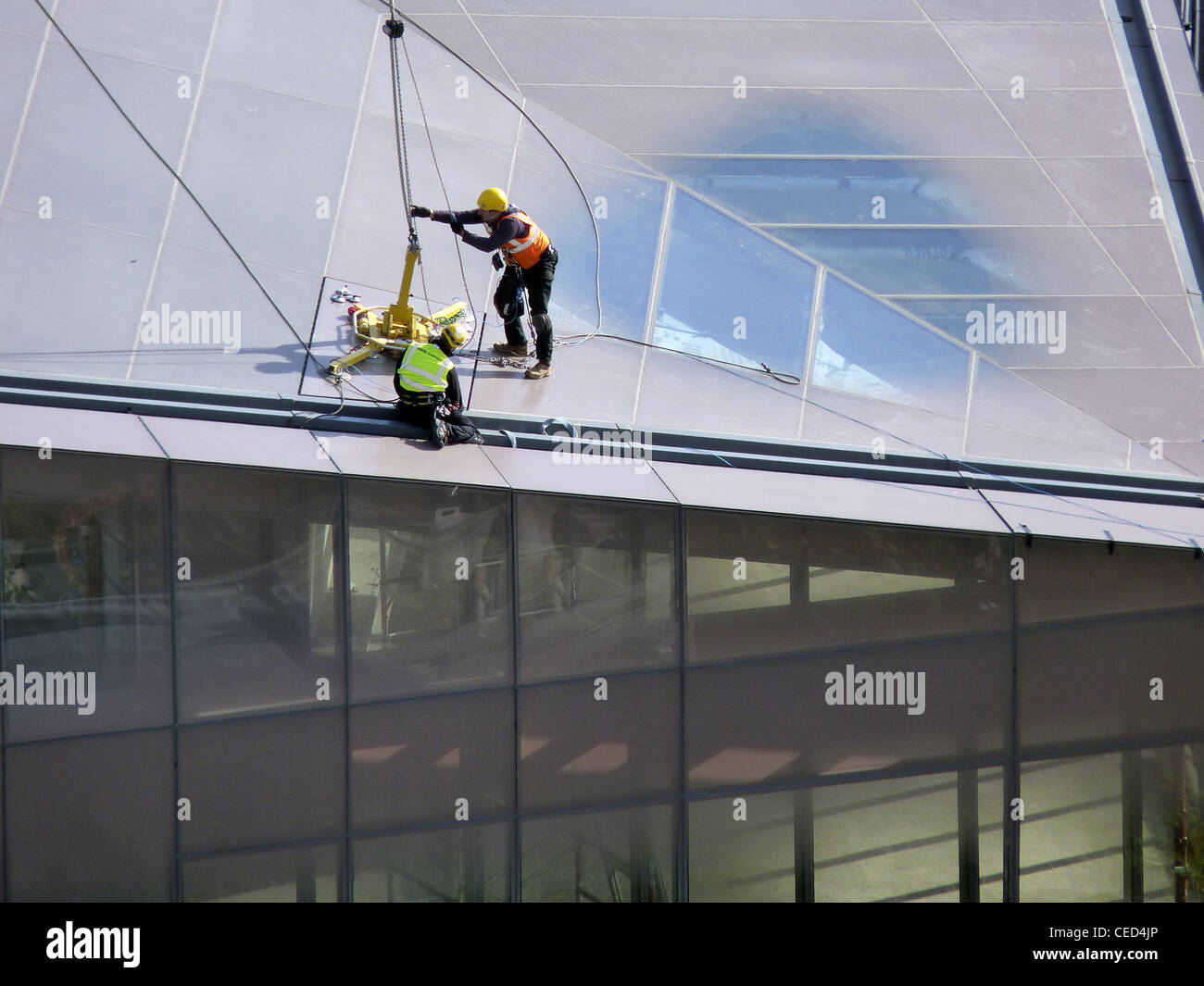 Glass construction work at Jean Nouvel`s One New Change in London - Stock Image