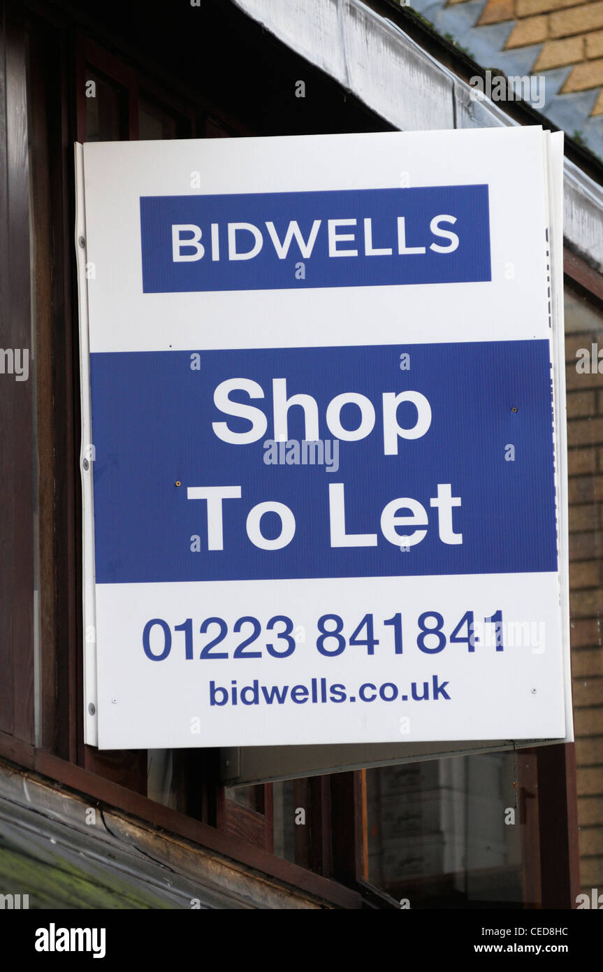 Bidwells Estate Agents Shop To Let Board, Cambridge, England, UK - Stock Image