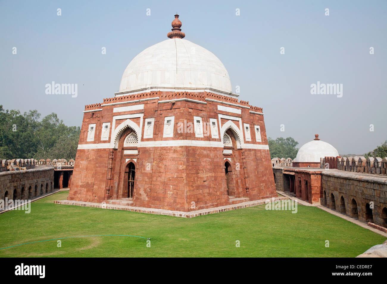 Ghiyasuddin Balban Tomb India, Delhi, Ghiyas u...